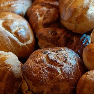 Bayway Catering | dinner rolls