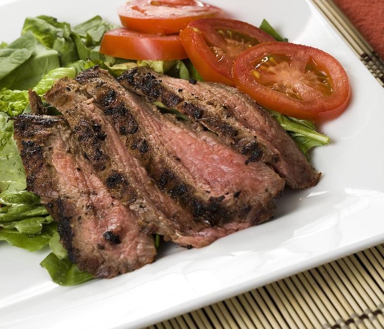 Bayway Catering   Flank steak au jus